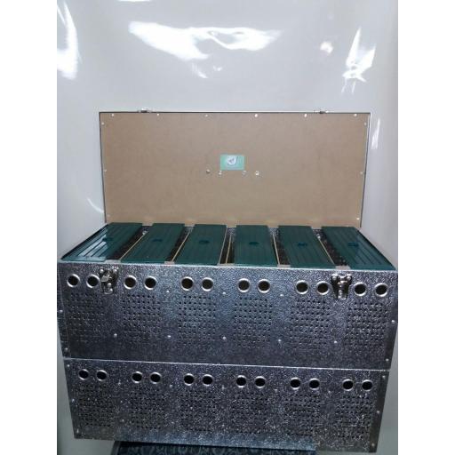 Transportín aluminio (12 palomas) [1]