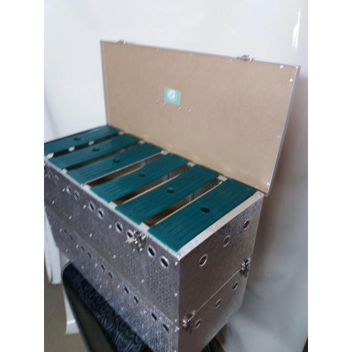 Transportín aluminio (12 palomas) [2]