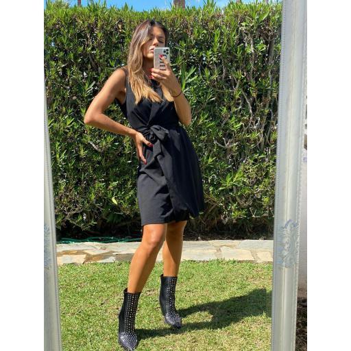 Vestido/chaleco negro  [2]