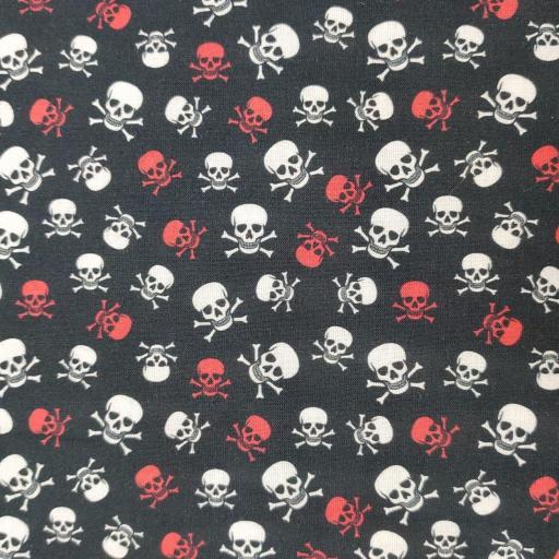 Tela algodón negra con calaveras rojas y blancas [0]