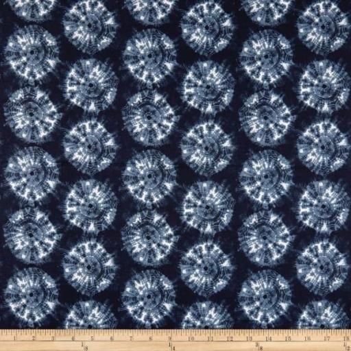 Tela patchwork de fondo azul marino con dibujos Shibori