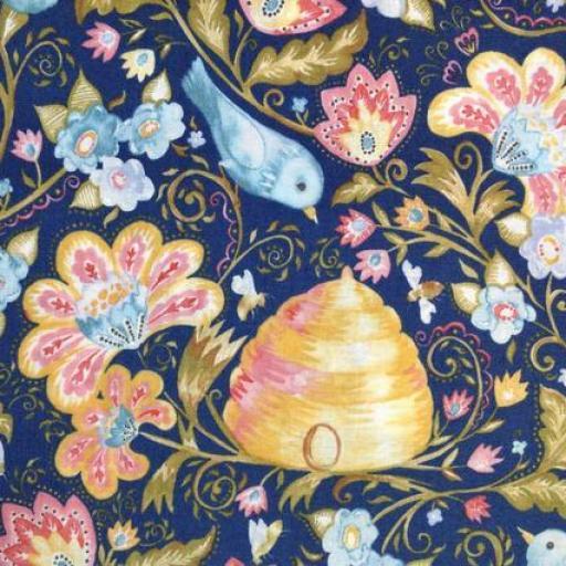 Tela patchwork de fondo azul con pájaros y flores [1]