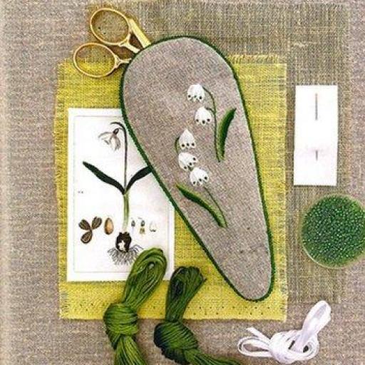 Libro Fleurs de jardins brodeés main [2]