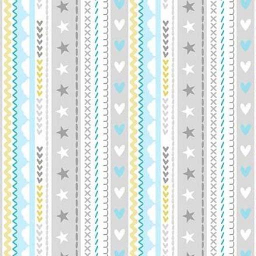 Tela patchwork fondo blanco con cenefas de corazones y estrellas