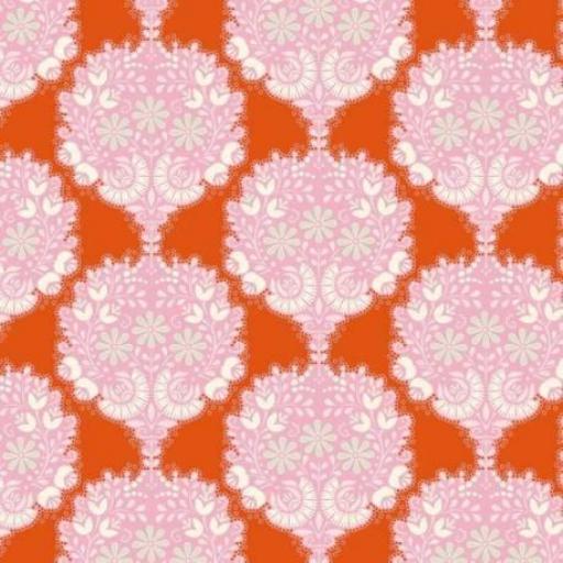 Tela fondo naranja con flores rosas Tilda