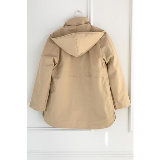 PARKA CON CAPUCHA, ESEOESE, REF. 109535 [3]