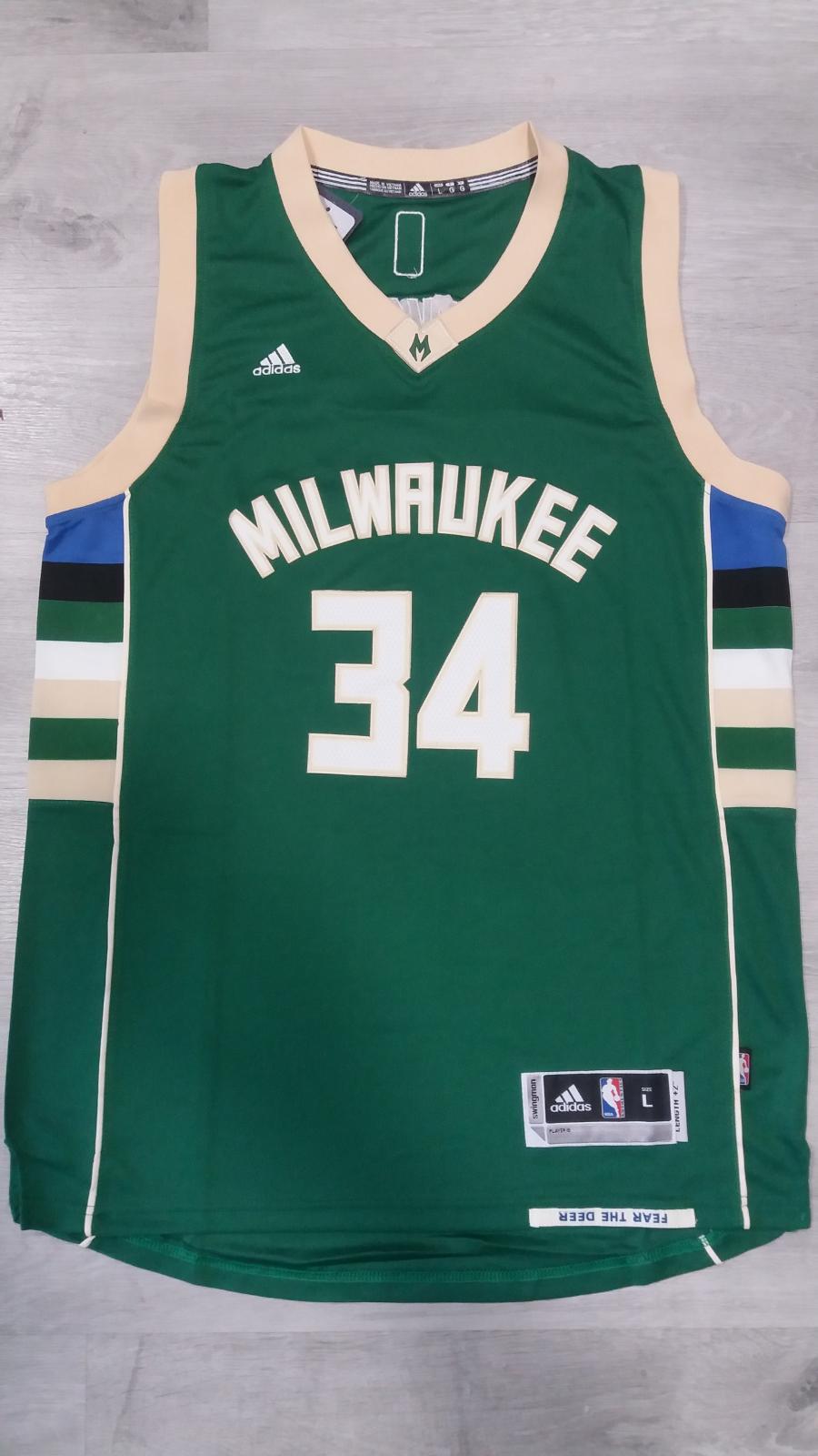 Milwaukee Bucks #34 Giannis Antetokounmpo