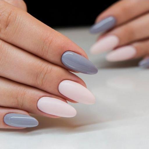 105 Esmalte semipermanente Semilac Stylish Gray 7ml [1]
