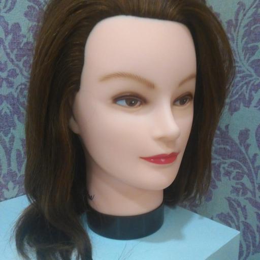 Bolso de academia de peluquería con cabeza de maniquí. [2]