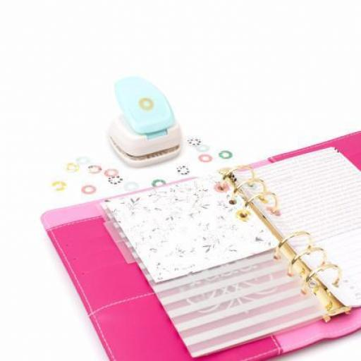 PERFORADORA REINFORCER HOLE PUNCH WE R MEMORY KEEPERS [2]