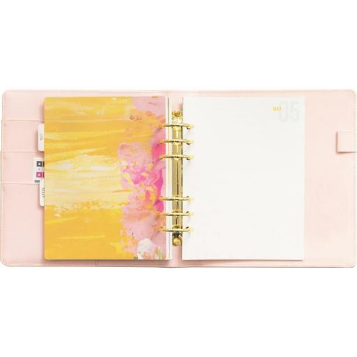 PLANNER 6 HOLE PUNCH WE R MEMORY KEEPERS [3]