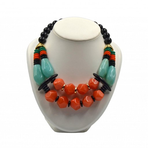 Collar Resinas Tribal
