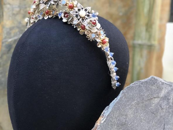 Diadema Ciara | Diadema para Novia | Rara Avis Tocados [3]