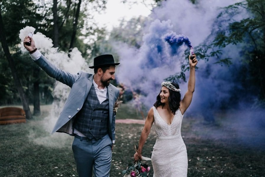 Wedding inspo   corona boho   Rara Avis Tocados