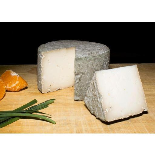 Queso Raíces - queso de Granadilla [1]