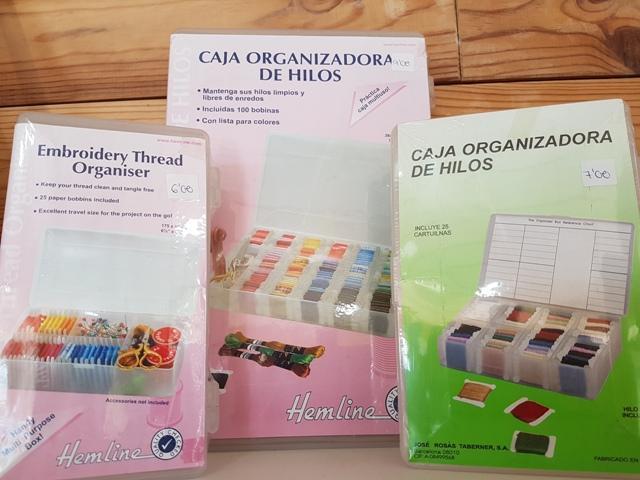Caja organizadora de hilos