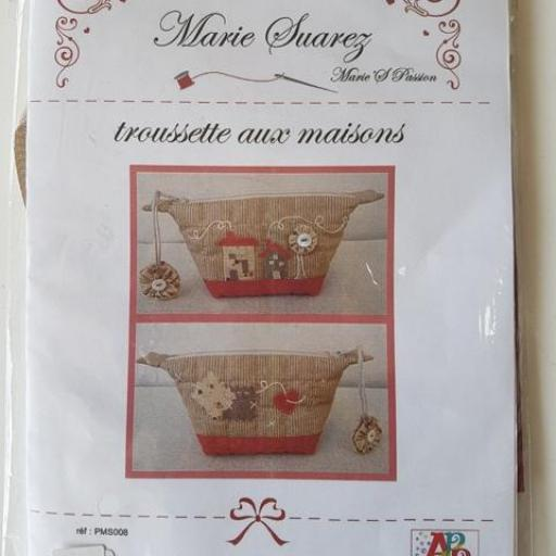 KIT  PATCHWORK Marie Suarez Monedero con casitas