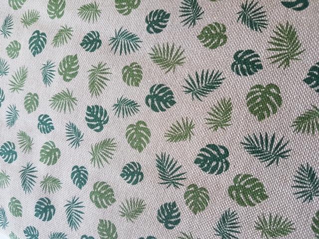 Loneta de panamá estampada hojas verdes