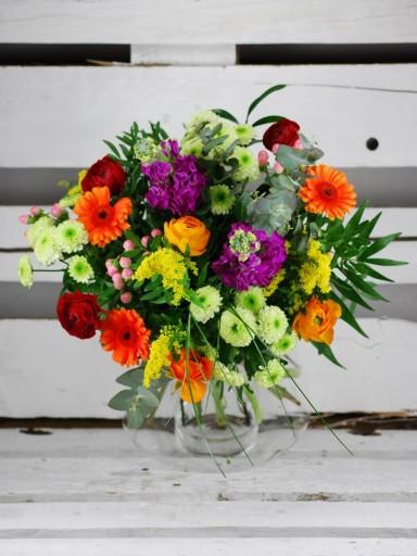 Ramo de flores frescas multicolor