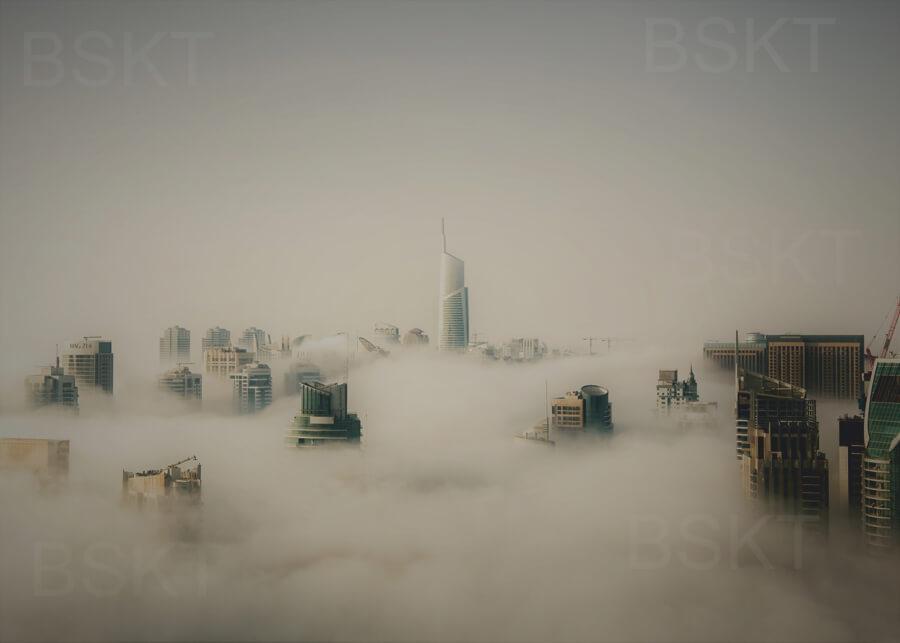 Cuadro en lienzo ciudades en niebla