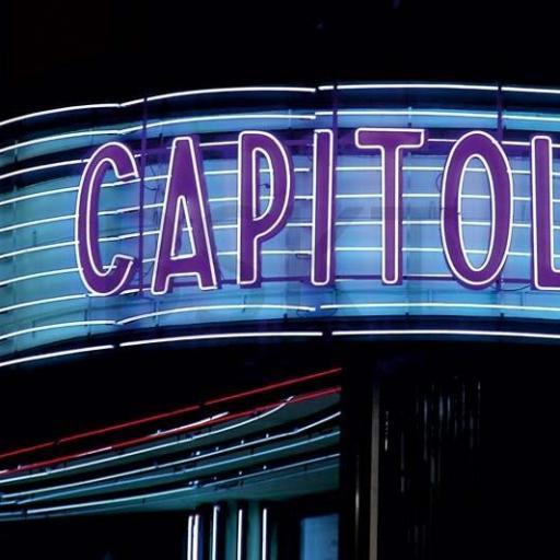 Cuadro en lienzo fotografía cine capitol Madrid detalle neon