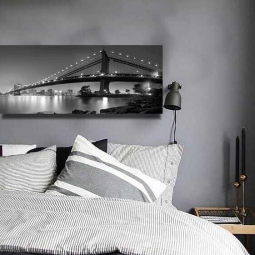 Cuadro en lienzo blanco y negro puente sobre bahía  [1]
