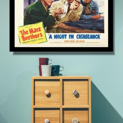 Cuadros en lienzo cine Hermanos Marx una noche en Casablanca [1]