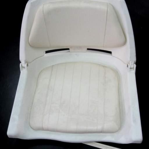 Butaca Plástica rebatible [1]