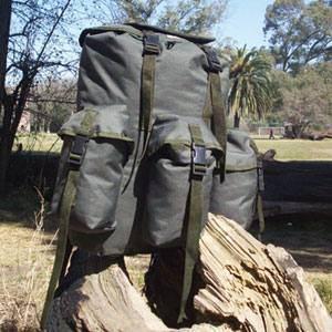 Mochila CAMPINOX Comando Verde militar/ Negro 45L