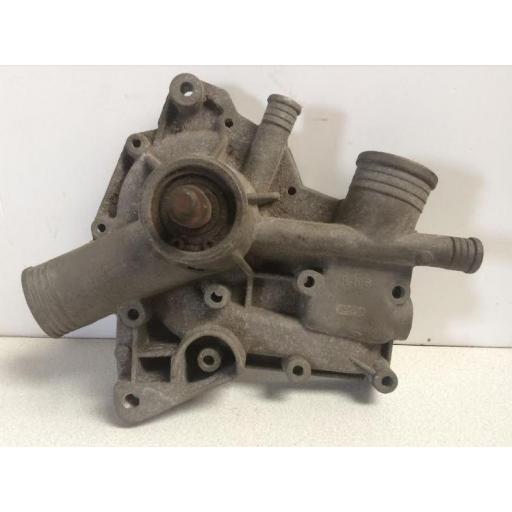 Bomba de agua Renault 4L [1]