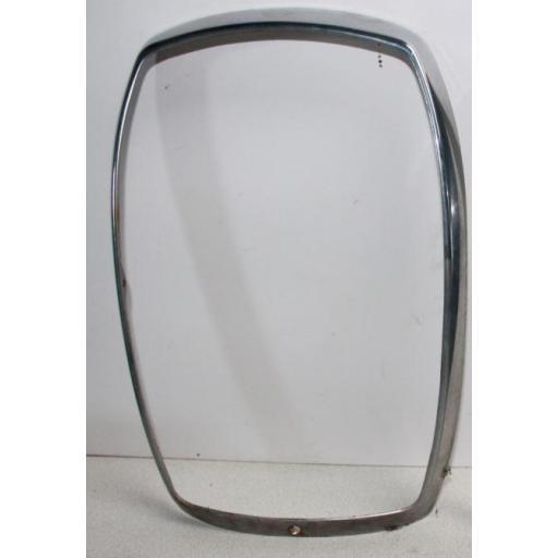 Cerquillo del cristal de faro delantero Mercedes 220
