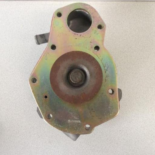 Bomba de agua Renault 18 GTD [1]