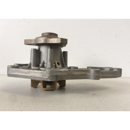 Bomba de agua Renault (varios modelos) [2]