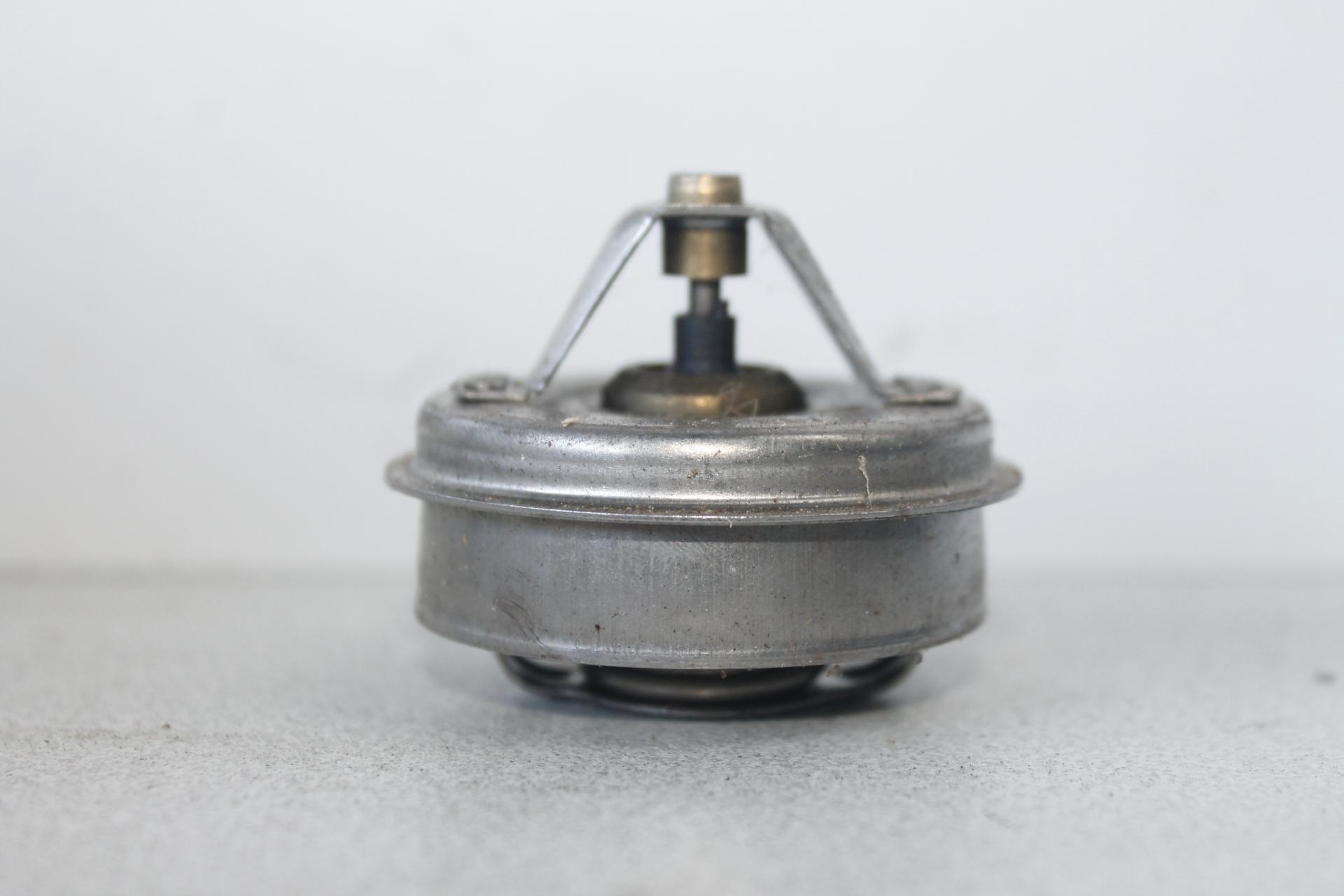 Termostato Perkins Motor 6354 y Ebro F108