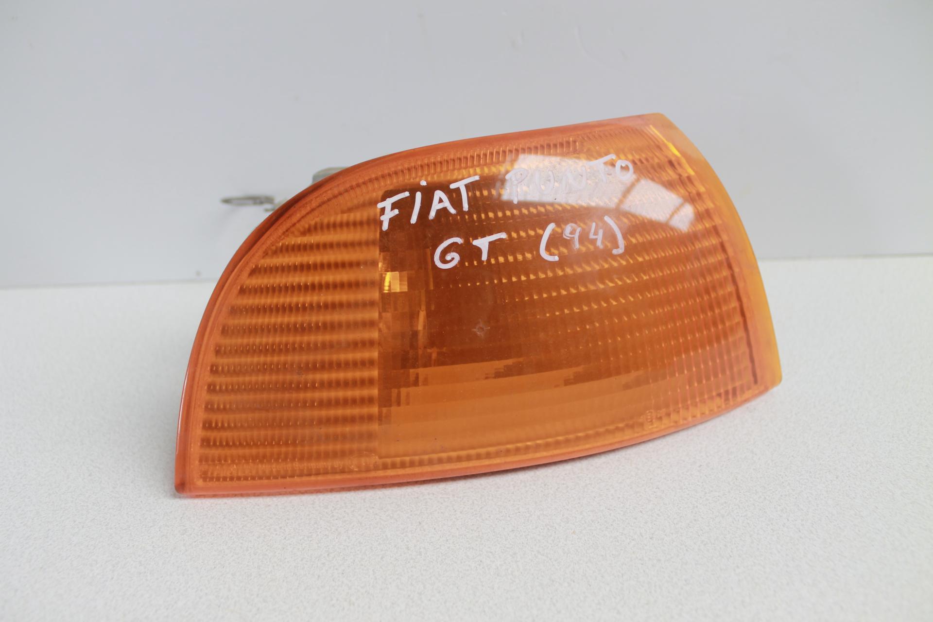 Piloto intermitente Fiat Punto GT (94)