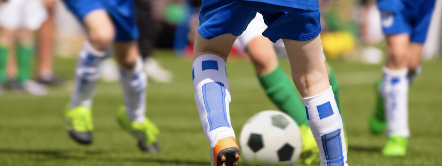 Sinergía entre el fútbol de la calle y el de academia.