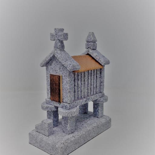 Hórreo de granito pequeño (4 pies) [0]