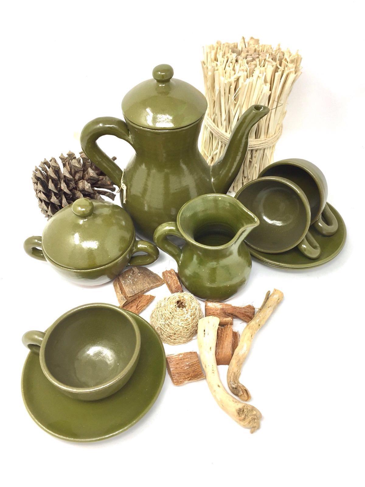 Juego de café verde militar