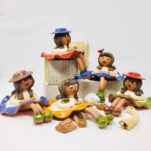 Muñeca sentada [1]