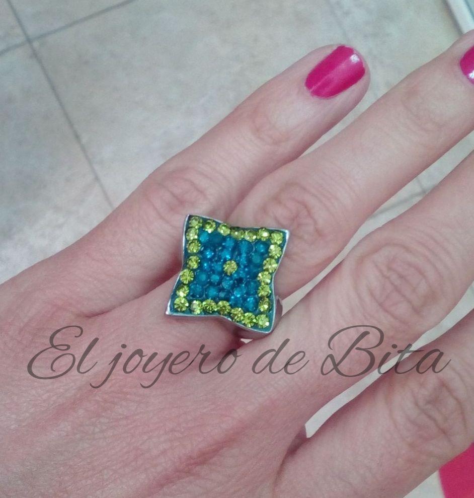 Anillo Emerald Star