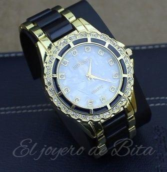 Reloj Black and Gold