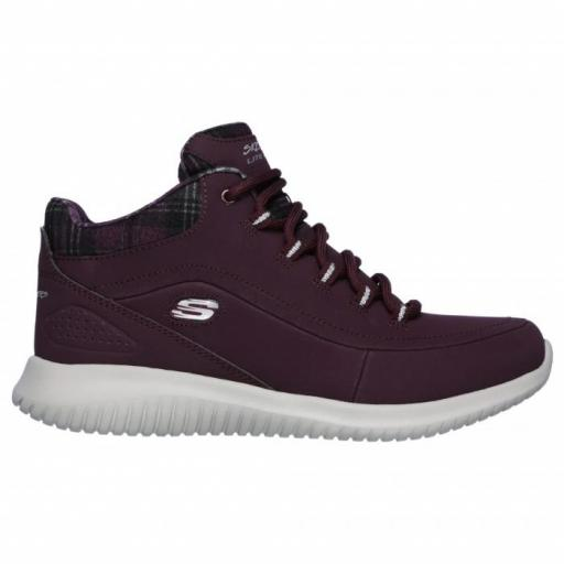 Skechers Ultra Flex-Jus Chill. Burundy. 12918/BURG.