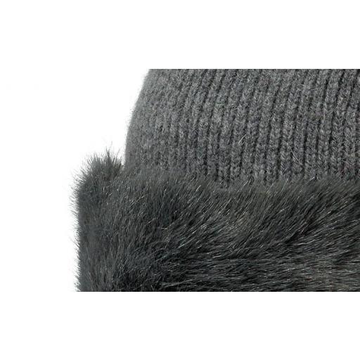 BARTS LILY BEANIE . Gorro Mujer , color gris claro con piel . modelo 2900002 [1]