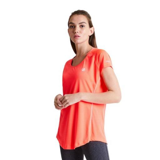 DARE2B Corral Tee. DWT506 Fiery Coral. Camiseta Mujer.