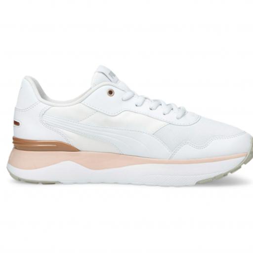 PUMA R78 VOYAGE. White-White lotus. 380729 06
