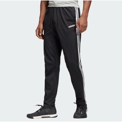 Pantalón Hombre Adidas Essential Tapered 3S. DU0456. Black/white.