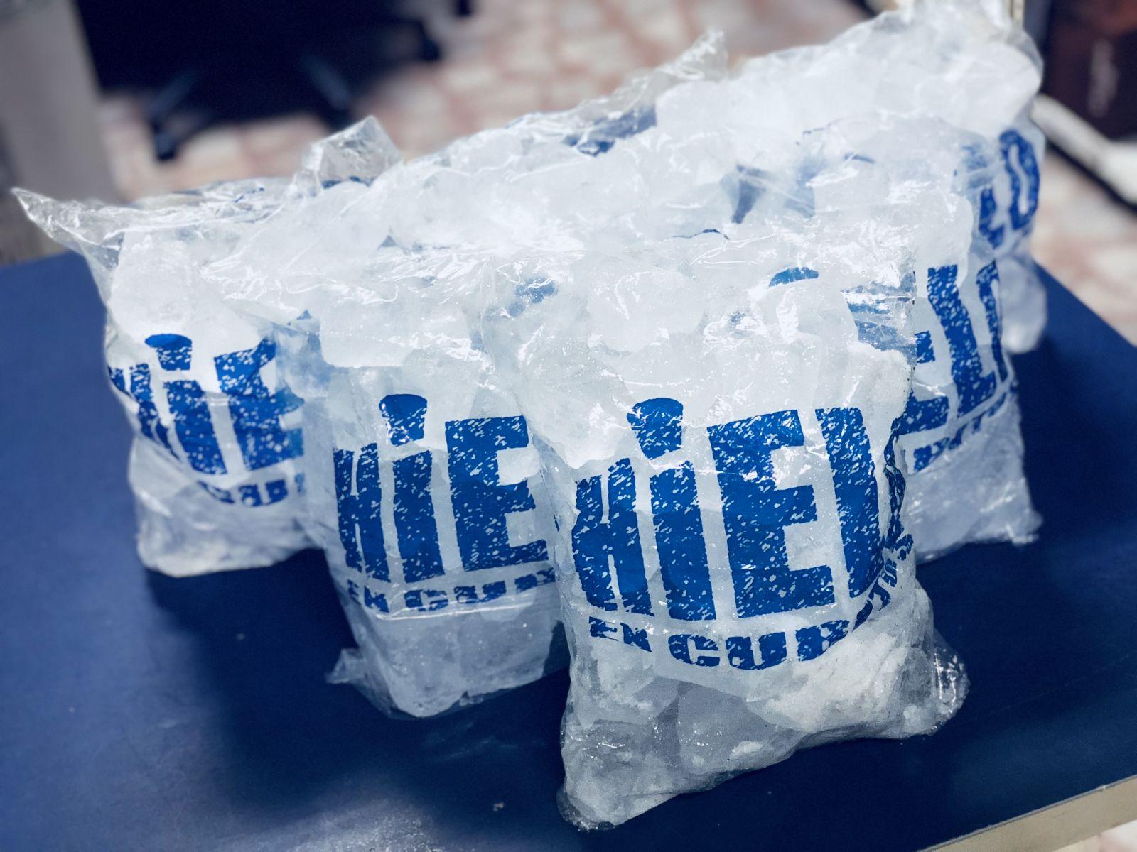 hielo en cubitos madrid modelo.jpg