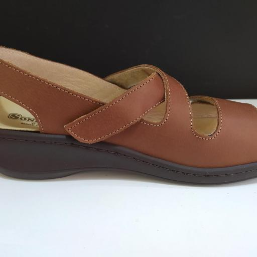 Sandalia plantillas marrón [2]