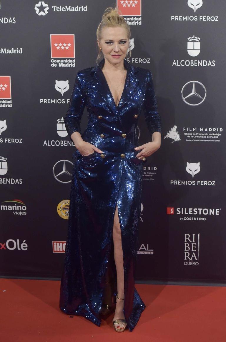 Pilar Castro en los premios Feroz con unas sandalias de Jimmy Choo