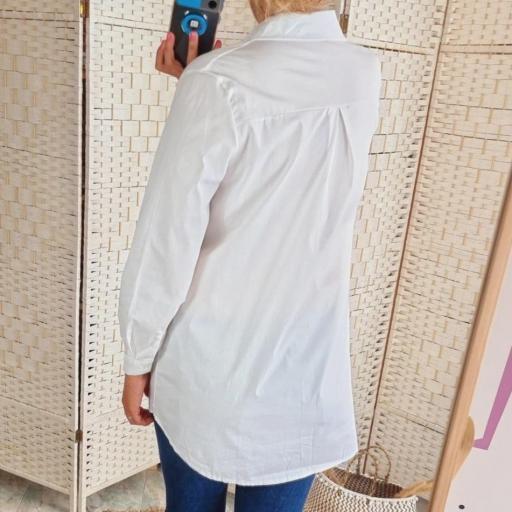 Camisa Blanca [3]